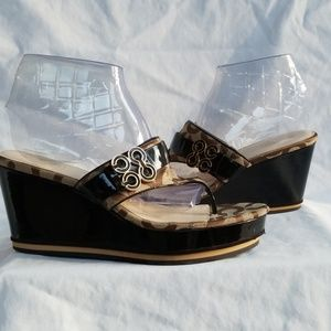 Coach Gypsy Brown Black Wedge Sandals Size 9 1/2